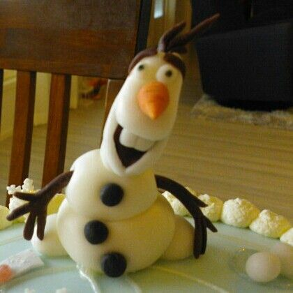 OLOF on a  fathers  day cake