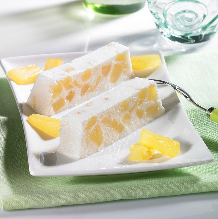 Ananas-Kokos-Eis - Leckeres Eis mit Kokos-Sahne-Likör und Ananas aus der Kastenform