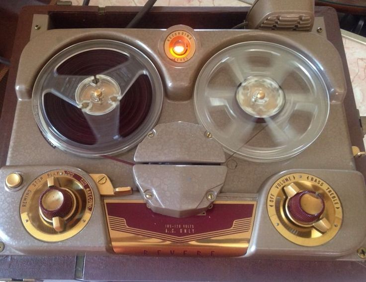 Vintage Revere Reel to Reel Tape Recorder with Case Model T-100