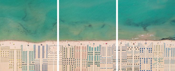 Photographer Bernhard Lang takes pictures in small planes and helicopters, pointing his camera towards the ground. In the ongoing project Aerial Views, he focuses on patterns and structures