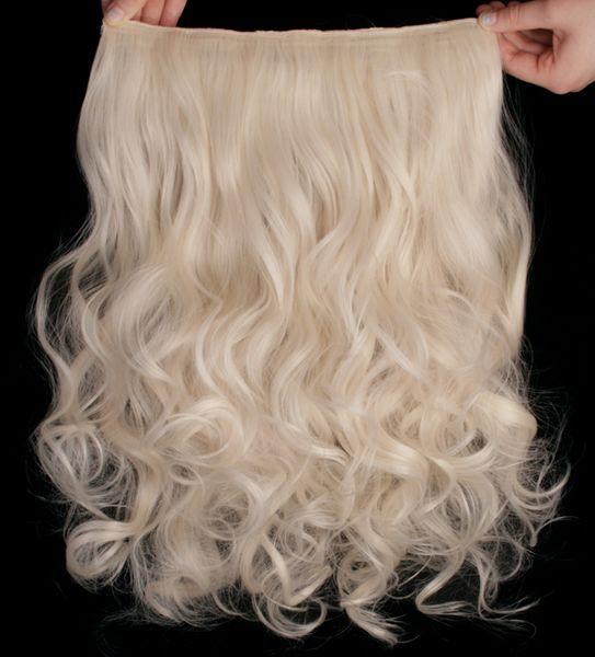 Platinablont/ljusblont lockigt löshår. Hårets längd är ca: 45cm när det är lockigt och 55cm när man drar ut det. Bredden på håret är 28cm och vikten är 130 gram. Håret är tillverkat av syntetiska fibrer som nästan ser ut som äkta hår. Håret räcker till en hel hårförlängning och du fäster håret med 5 små spännen som ligger bakom löshåret. Bör tvättas med milt schampo. Varumärke: Mizzy