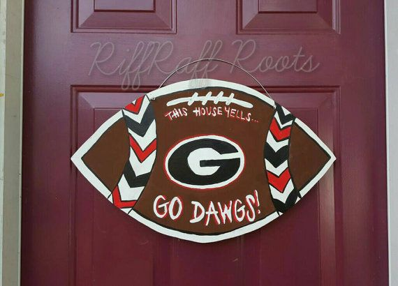 Check out this item in my Etsy shop https://www.etsy.com/listing/470388507/georgia-football-door-hanger-georgia