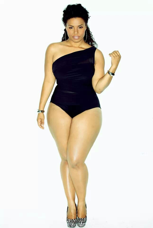 PLUS SIZE BATHING SUITS THAT SUIT YOUR BODY TYPE. Plus, every style is designed to show off your curves and flatter your figure, regardless of body type. When it comes to swimsuit shopping, highlight the features you want to show off and downplay the ones you want to minimize. Well-placed details like ruffles, ruching and shirring have a.