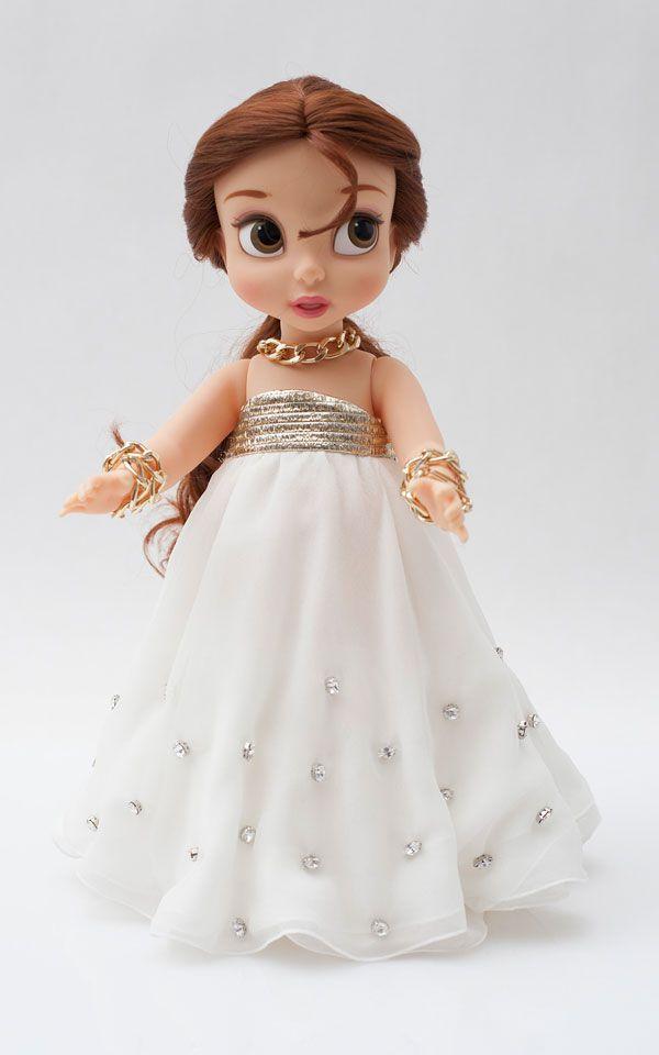 Genny aderisce al Wall of Dolls con la bambola Angelica