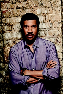 Lionel Richie to Perform at Billboard Showcase #SXSW #SCHMOOZE  http://sxsw.com/node/10649