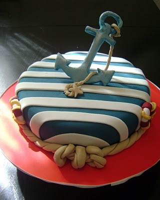AND THIS ONE! i no what cake immkeing for my baby when hes home.. Anchors aweigh!