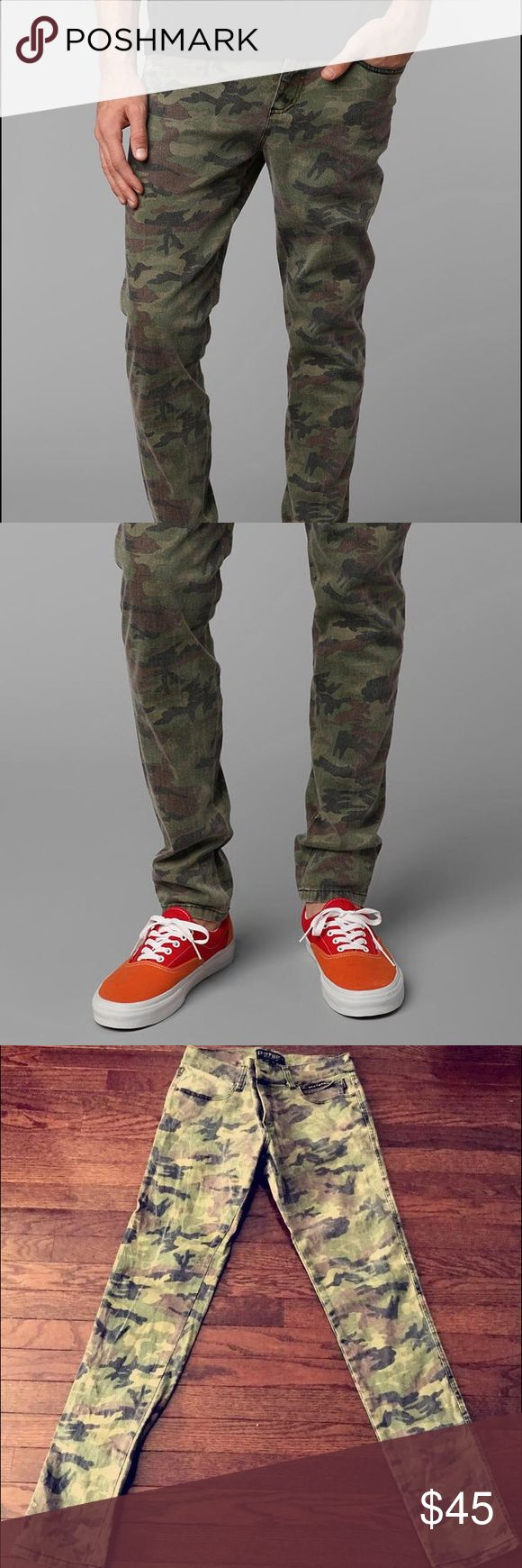 Tripp NYC Men's Camo skinny jeans Mens Camo Skinny Jeans. Size 30. Five pocket slim fit stretch denim with silver rivets. Zip fly and button closure. Worn once. Tripp nyc Jeans Skinny