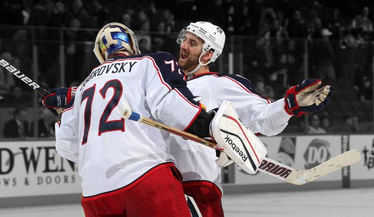 Bobrovsky and Foligno hug it out after earning a W. #CBJHockey Hug, Nick Foligno, Columbus Blue Jackets, Bobrovsky 72, Sergei Bobrovsky, Bobs Hockey, 72 Columbus, Foligno Hug, Bobs Hug