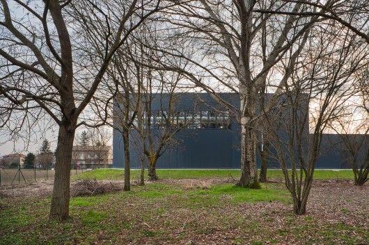 Short-term School Gymnasium / MIDE Architetti + Paolo Didonè | Ikea Decorating Ideas