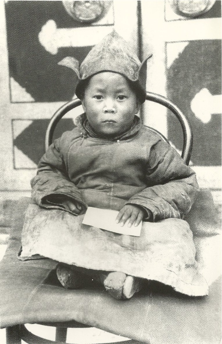 17 best images about dalai lama tibet buddhists dali lama as a young boy~