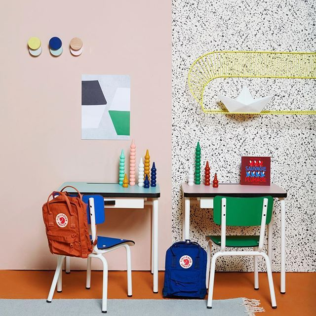 12 Inspiring Study Areas for Kids http://petitandsmall.com/12-inspiring-kids-study-areas/