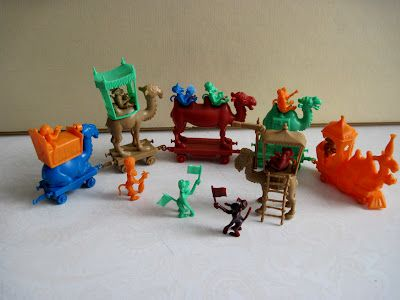 Tracy's Toys (and Some Other Stuff): R and L Camel Train Cereal Premiums
