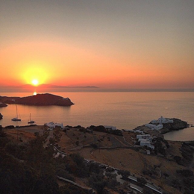 Wonderful Monastery of Chryssopigi & Stunning sunrise at the background , in Sifnos island (Σίφνος) ❤️. Very graphical island with many places to discover !