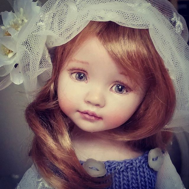 Allison porcelain doll, painted eyes, made from a Dianna Effner mold by  Laura Corti Dadatti #diannaeffner #dolls