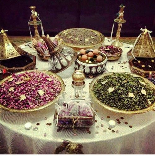 Henna ,marriage a la marocaine oriental wedding