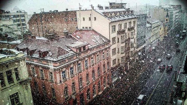 April 25: it's snowing in #Sarajevo  25 aprile: a Sarajevo nevica  Photo  Sarajevo Funky Tours
