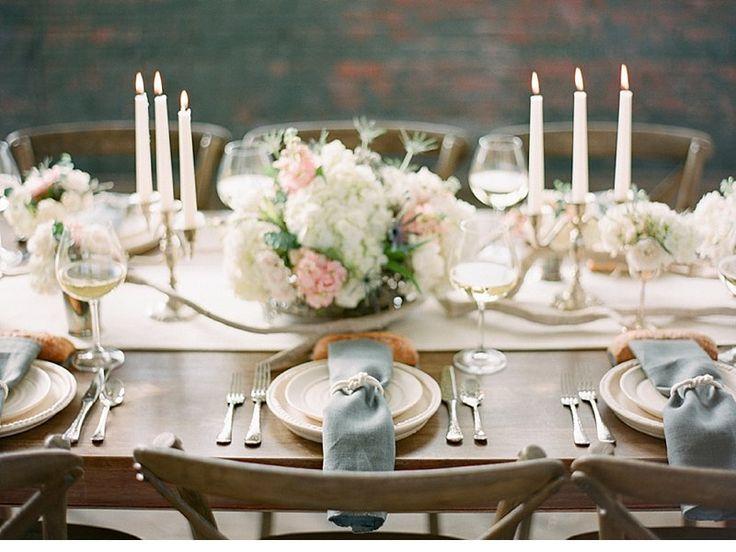 Vintage Bridal Warehouse Shoot of Chris Isham Photography - Hochzeitsguide