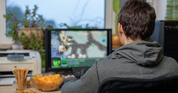 La adicción a los videojuegos será considerada problema de salud      La adición a los videojuegos ya es considerada problema de salud mental. Así lo recogerá la nueva edición del manual de enfermedades publicado por la OMS. El exceso de horas jugadas a la consola podrá por ello ser tratado médicamente. #adicción #ciencia #videoconsolas…