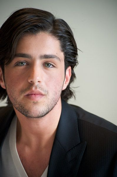 Josh Peck! Makin me melt. I remember back when he was the adorable yet awkward chubby boy...look at him now! hooo mama...