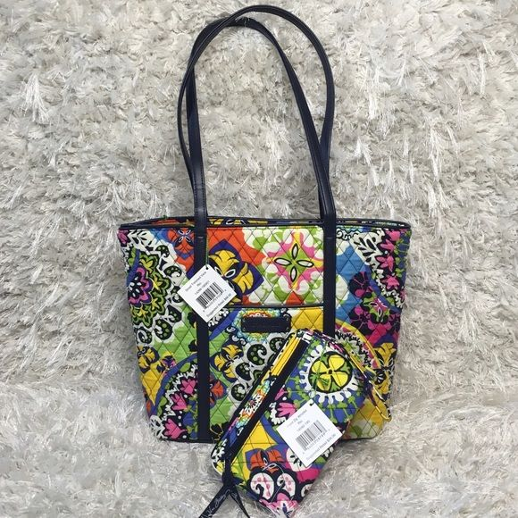 872c073278 RIO Set (2) Trimmed Vera Tote   Front Zip Wristlet NWT