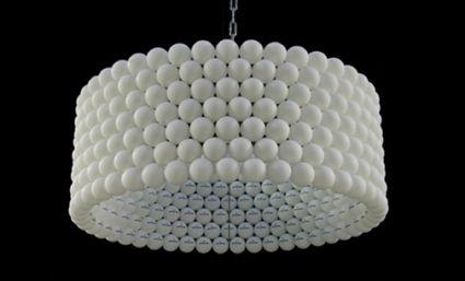 Lámpara con pelotas de ping pong