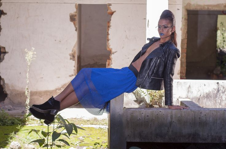 Fashion skirt #shooting #editorial #skirt #blue #styletissu