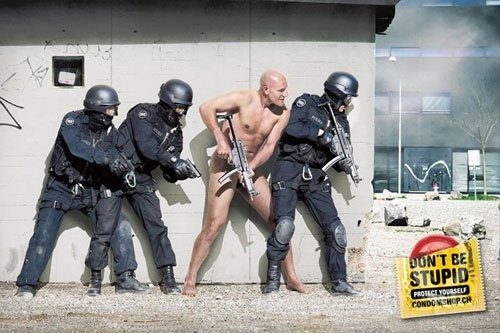Don't be stupid, protect yourself! condomshop.ch #adv