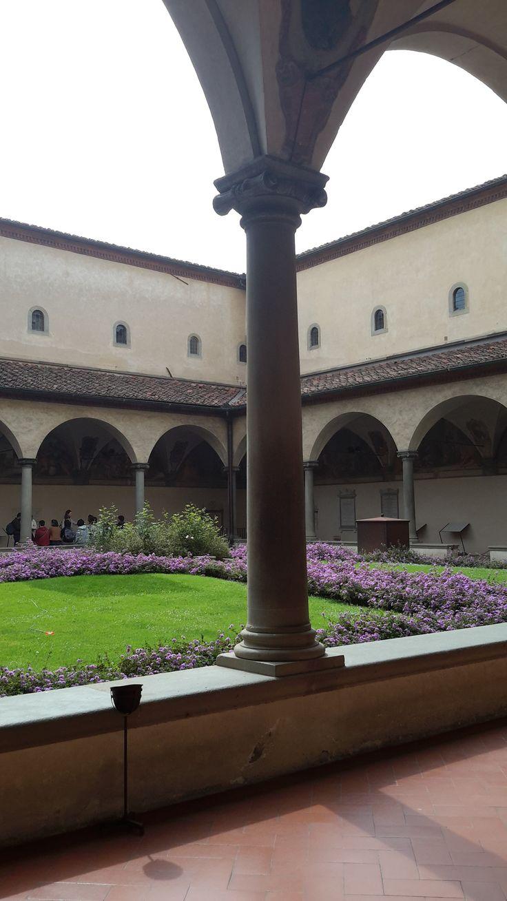 Внутренний двор Монастыря Сан-Марко. Флоренция.
