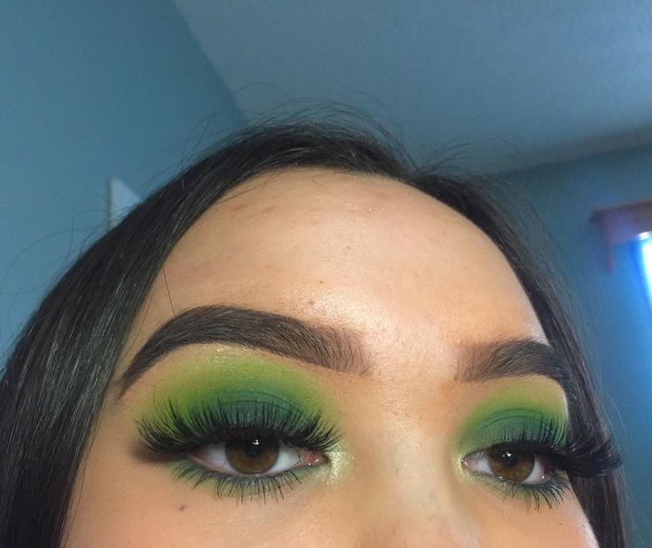 """807 Likes, 11 Comments - MAYA MUA (@mayamua__) on Instagram: """"Inspired by st. Patrick's day! ☘️ Products used:  @bhcosmetics take me to Brazil palette and…"""""""