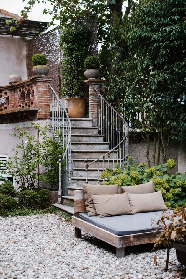 Oltre 25 fantastiche idee su scala da giardino su - Quando seminare erba giardino ...