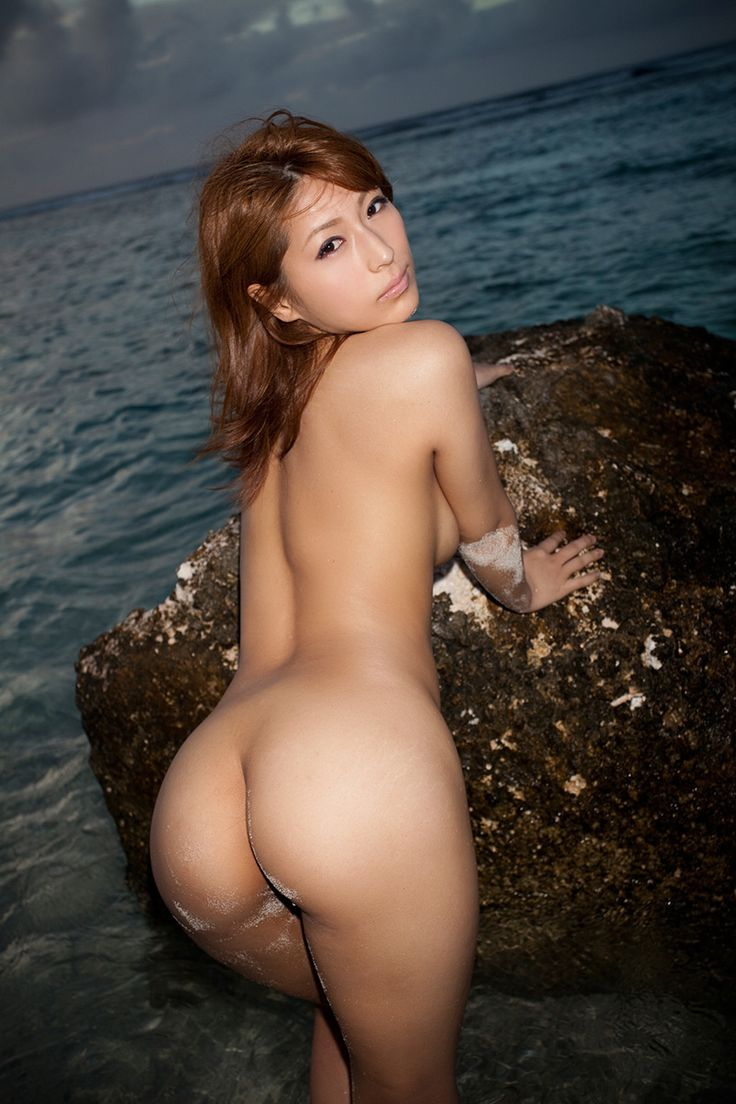 Asian Woman Naked Butt Picture