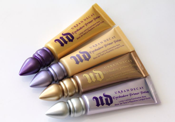 Urban Decay Eyeshadow Primer Potion - your eyeshadow will. not. budge.