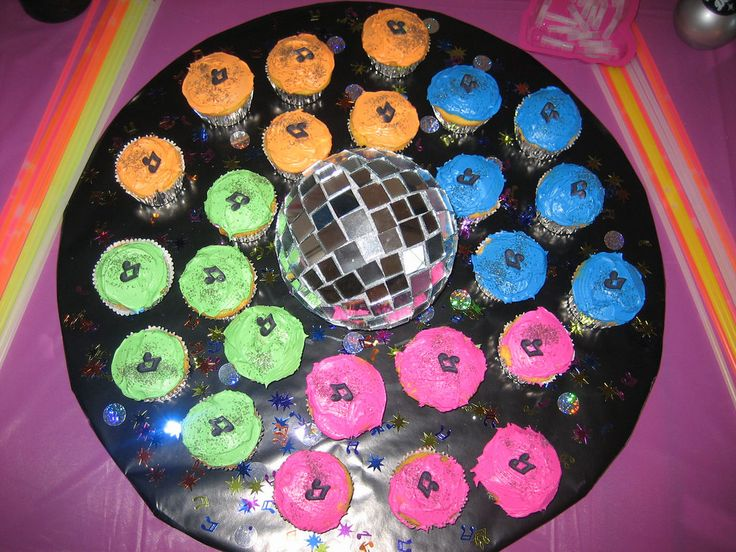 Golf Ball Cake Design : 46 best images about Kid s Birthday Cakes and Cupcakes on ...