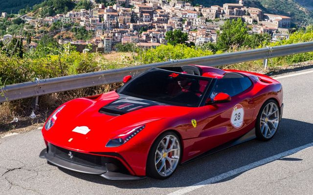 フェラーリ F12 TRS 、公式発表…57年式250テスタロッサモチーフのワンオフモデル