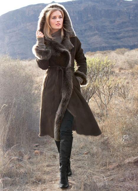 Lambskin coat in brown buy online on Elégance