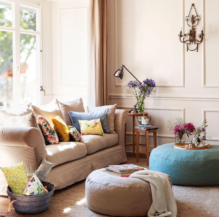 Sentarse Bien En El Sofa Salones Pequenos Decoracion De Interiores Decoracion De Unas