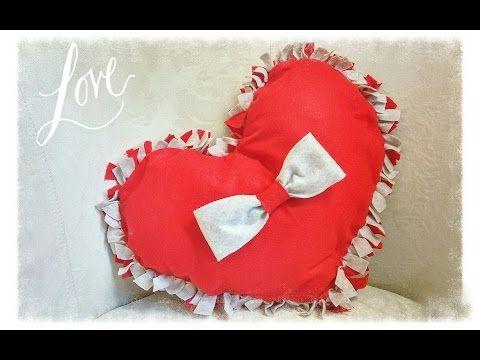 Cuscino a cuore in feltro senza cucire - YouTube