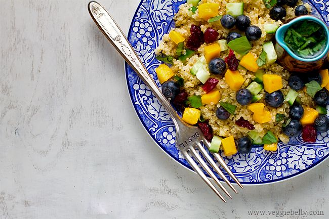 mango-blueberry-quinoa-salad-lemon-basil-dressingOlive Oil, Lemon Basil, Blueberries Quinoa, Blueberries Mango, Dresses Recipe, Healthy Recipe, Quinoa Salad, Mango Blueberries, Basil Dresses