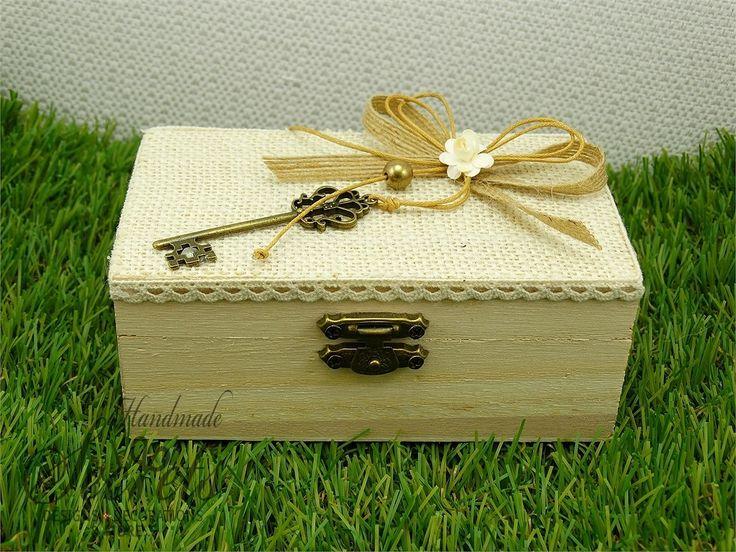 Μπομπονιέρα γάμου χειροποίητη με θέμα ξύνινο κουτί, μπομπονιέρες γάμου, μπομπονιέρες βάπτισης, Χειροποίητες μπομπονιέρες γάμου, Χειροποίητες μπομπονιέρες βάπτισης