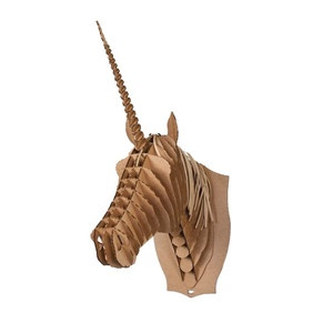 I want to cover you in glitter.Horses Trophy, Kids Room, Kid Rooms, Trophy Brown, Animal Friends, Merlin Unicorns, Cardboard Unicorns, Friends Taxidermy, Daily Design