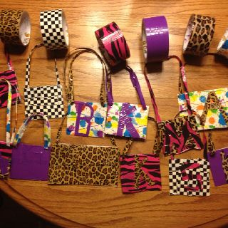 Duct tape purses for American Girl dolls! I love duct Tape and American Girl dolls!!!