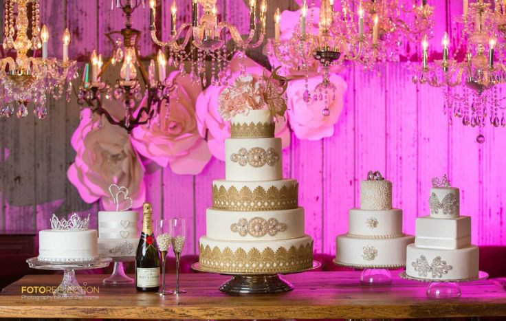 wedding decore and cake