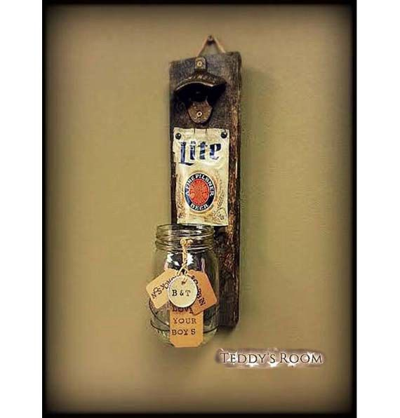 rustic pallet wood beer bottle opener and cap catcher man cave best man husband gift gift. Black Bedroom Furniture Sets. Home Design Ideas