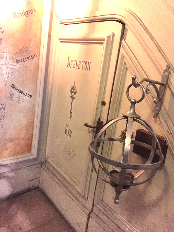 Paris Insolite - Escape Game au Manoir de Paris - Maison hantée