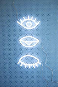neon eyes | ban.do