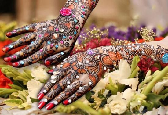 Latest Mehndi designs for Eid and Wedding