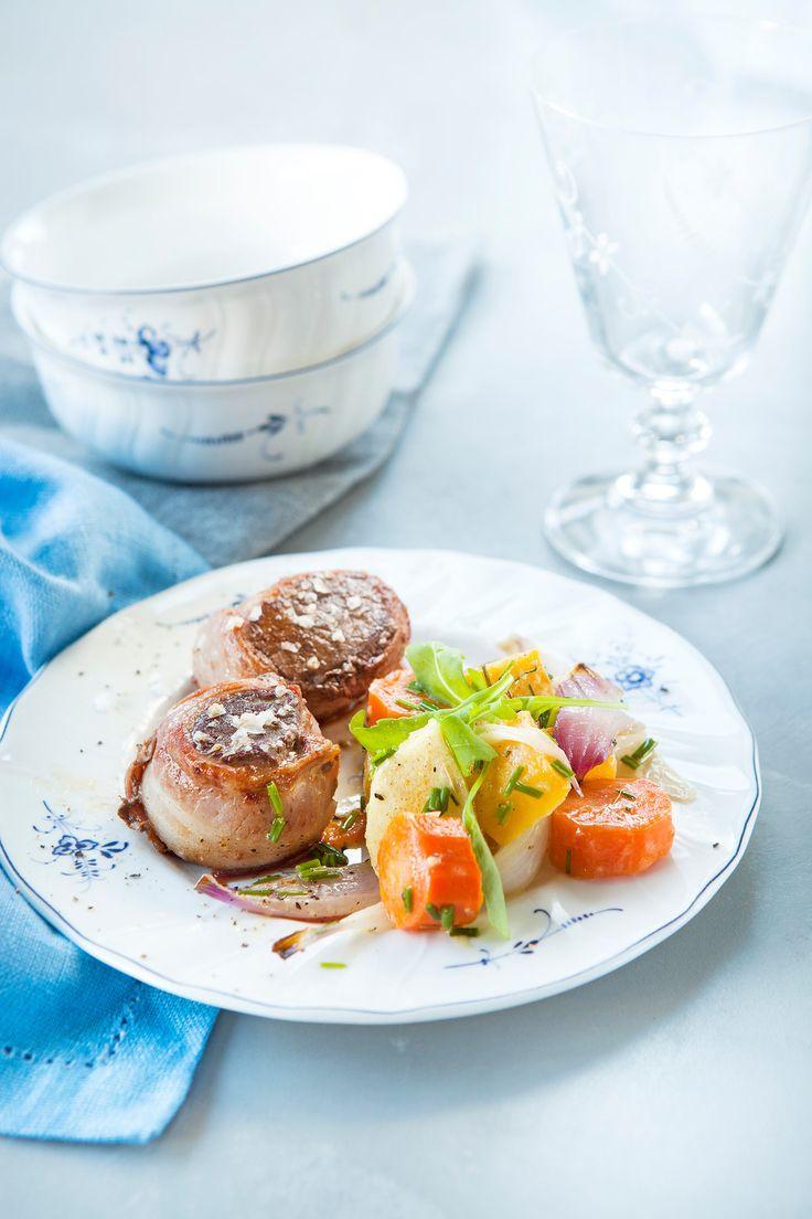 Poronfileepihvit ja marinoidut uunijuurekset | K-ruoka #itsenäisyyspäivä #juhlapöytään