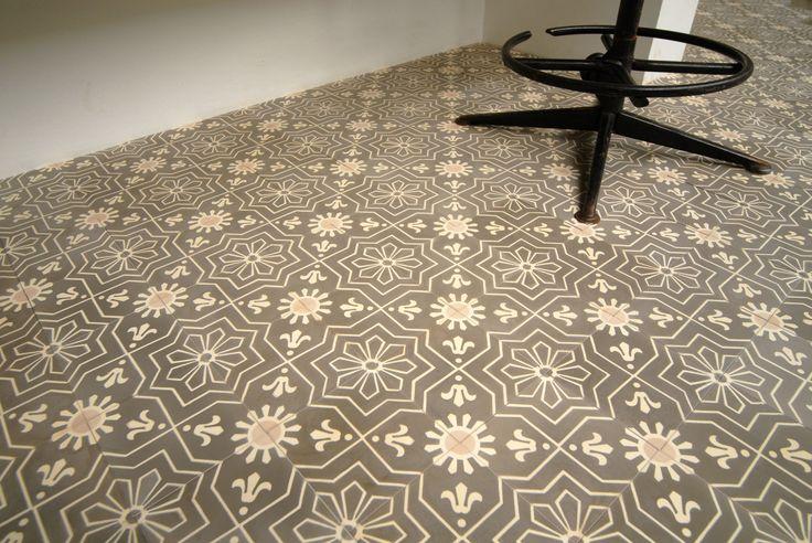 Castelo handmade Tiles - www.castelo-tiles.com - 15x15cm -1556 sun ® | mozaiek utrecht castelo dealer