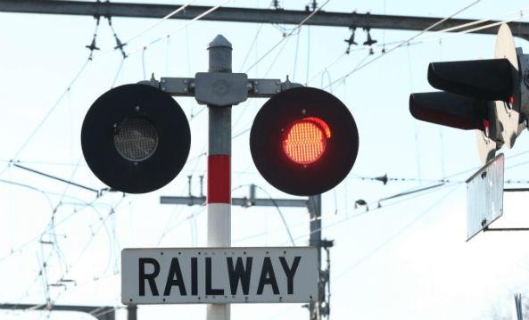 Curriculum resources that support New Zealand primary students learning to stay safe near railways.