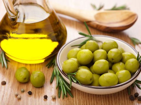 Amazing Olive Oil benefits for Skin !!